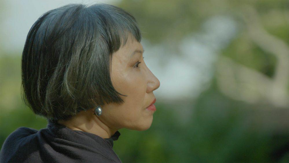 Обзор 'Эми Тан: Непреднамеренные мемуары': легендарная жизнь рассказчика